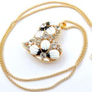 Jewelry - Puffed Heart Sweater Chain